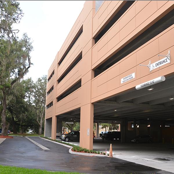 brandon regional hospital parking garage