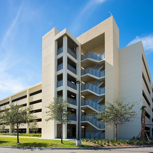 gulf coast medical parking garage